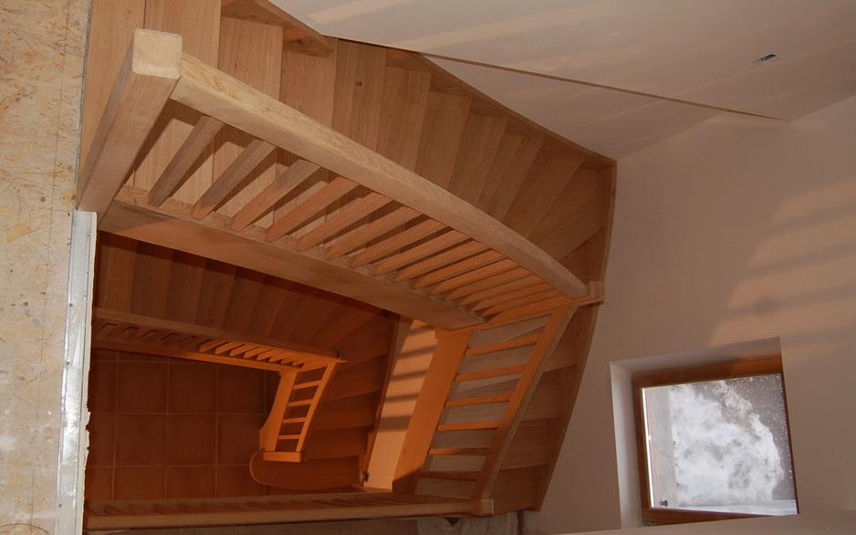 Jac samson artisan menuisier escalier mezzanines eybens - Fabriquer un escalier colimacon ...