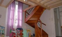 Escalier 1/2 tour accès mezzanine