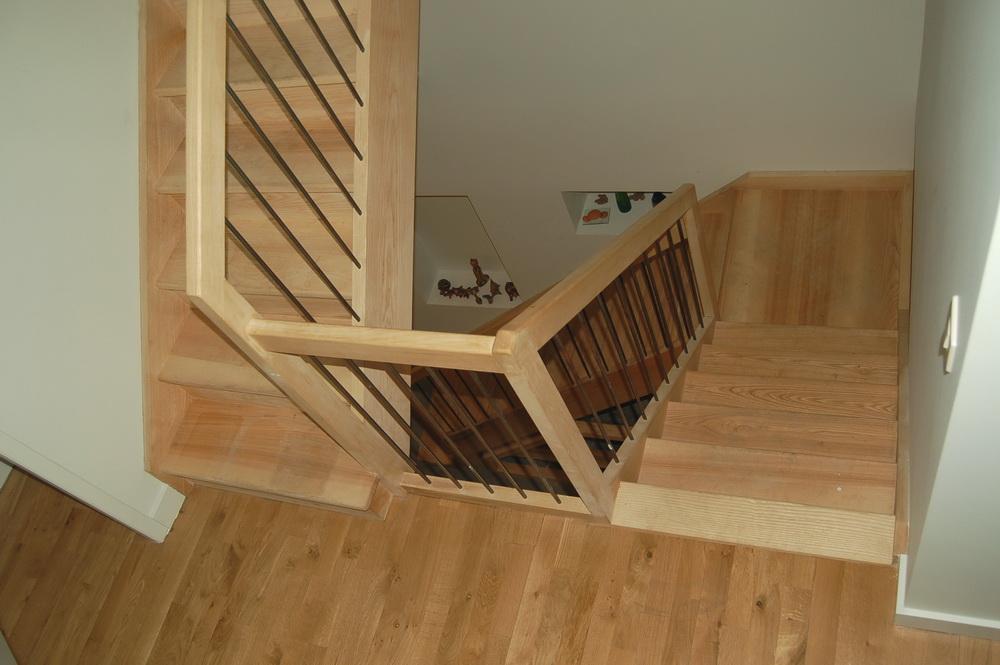 K mont e d 39 escaliers fr ne jac samson for Montee escalier bois