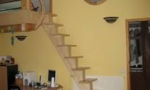 escalier crémaillère centrale raide