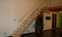 escalier crémaillère centrale frêne