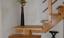 escalier CC sur palier, frêne