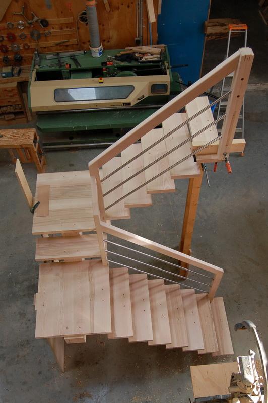 d cc escaliers droits cr maill re centrale jac samson. Black Bedroom Furniture Sets. Home Design Ideas