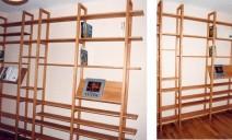 bibliothèque avec présentoir livre