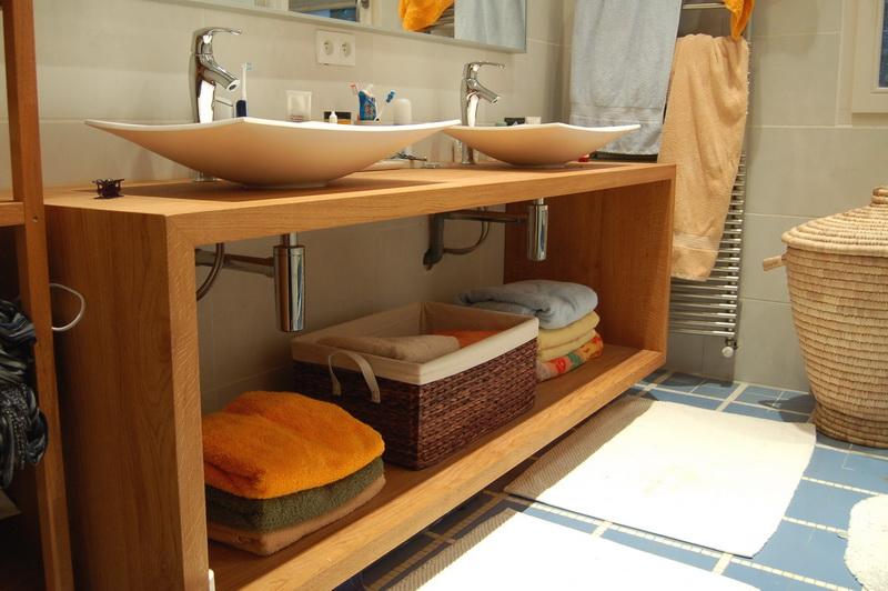 Meuble vasque metal et chene for Meuble sous vasque salle de bain