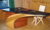 bureau en porte à faux bois granit