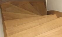 vue dessus habillage chêne escalier béton