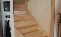 départ escalier demi-tour à échiffre central