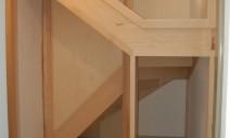 espace placard sous escalier 1/2 tour