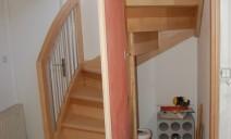 placard sous escalier demi tour